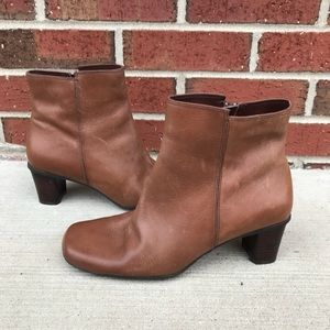 Naturalizer Garth Brown Leather Ankle Boots 7W